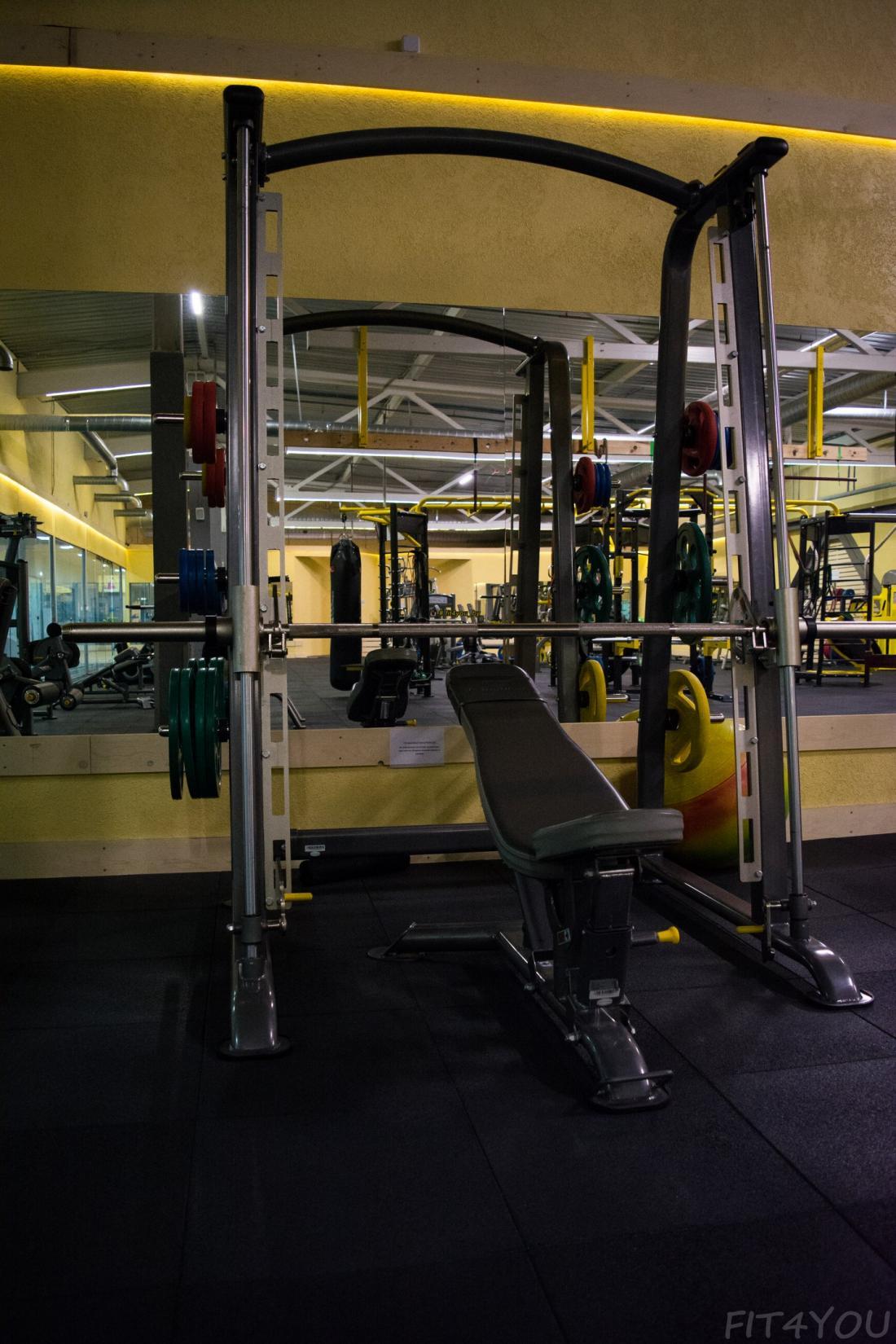 """Безлимитные абонементы в """"FiT4YoU"""" от 45,50 руб, персональная тренировка за 9 руб, стретчинг за 3,12 руб/ занятие"""