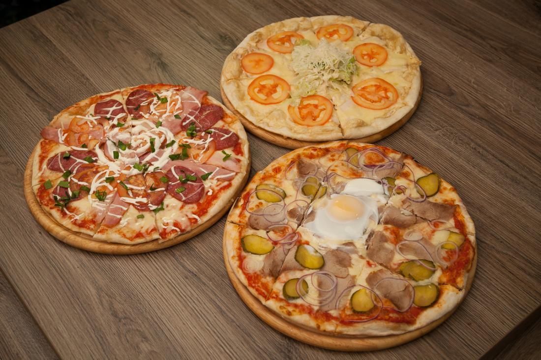 """Пицца, салат и горячие блюда  в кафе """"Время есть"""" всего от 3,75 руб."""