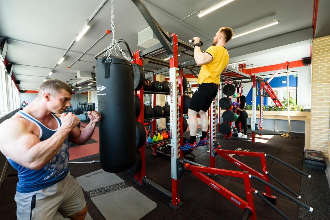 """Занятия или абонементы в тренажерный зал, на фитнес, единоборства в """"OlympicGym&Fight"""" от 35 руб."""