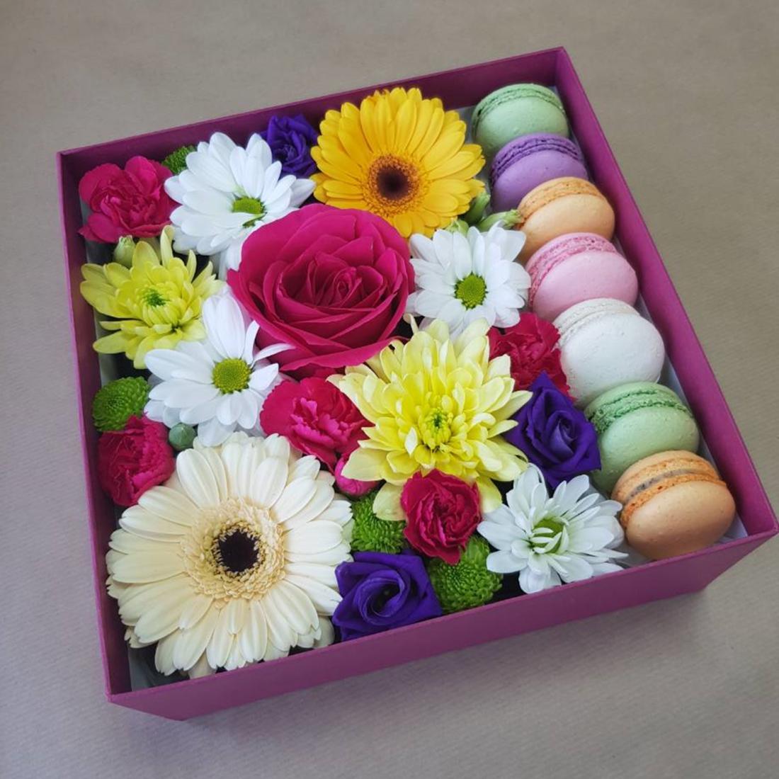 Коробки с цветами, колбасные, фруктовые, букеты под заказ всего от 30 руб.