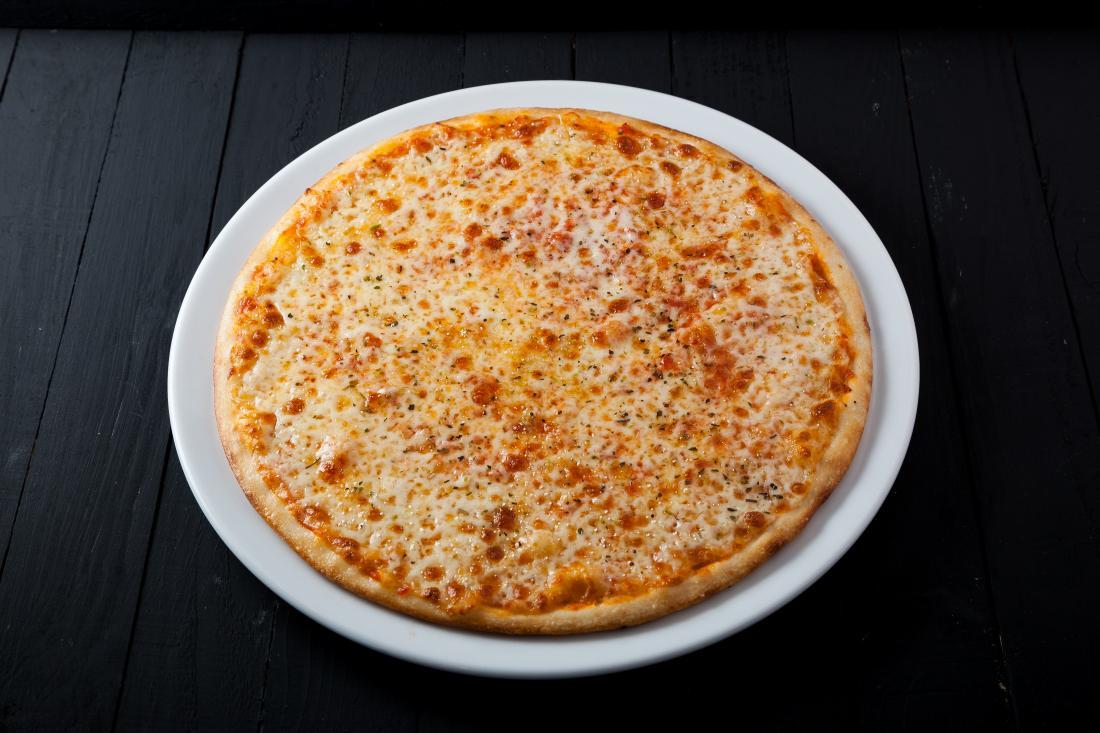 """Большие пиццы от """"Пицца Темпо"""" со скидкой до 50%"""