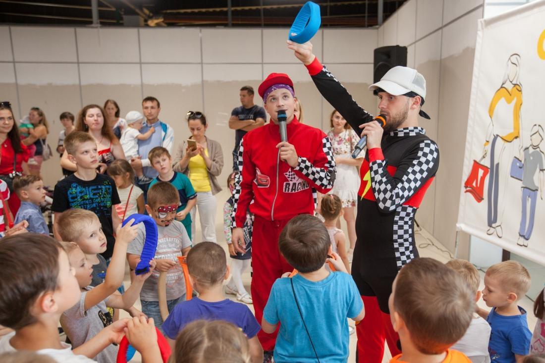 Аниматор, ростовая кукла, шоу мыльных пузырей, детский праздник от 30 руб.
