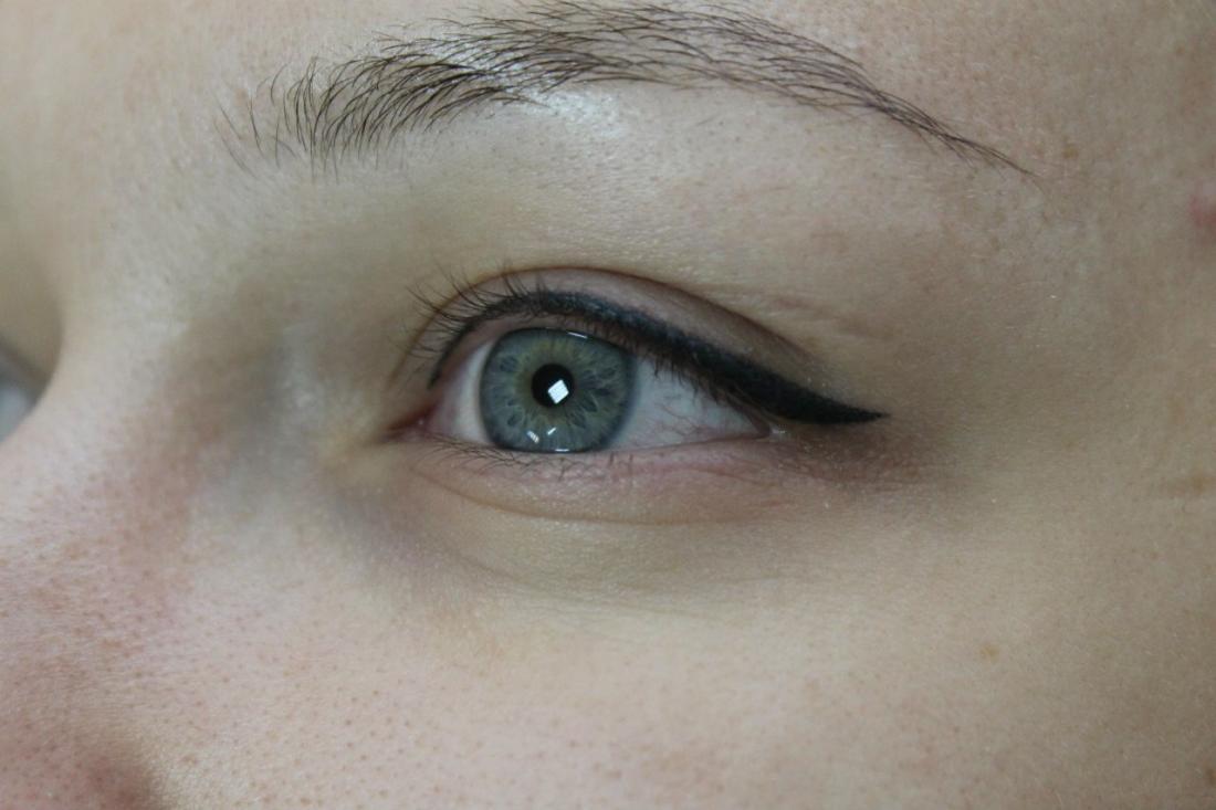 """Перманентный макияж, микроблейдинг бровей 6D от 50 руб. в студии красоты """"Дом солнца"""""""