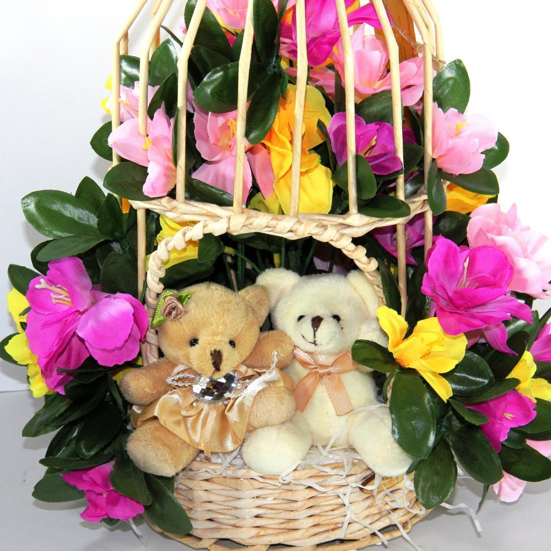 """Подарочные композиции из конфет, мягких игрушек и цветов от 18 руб. в магазине """"RоyalArt"""""""