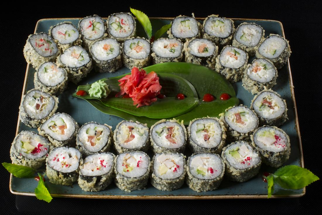 "Суши-сеты от 12,50 руб/до 1360 г с доставкой и навынос от ""SushiStudio"""