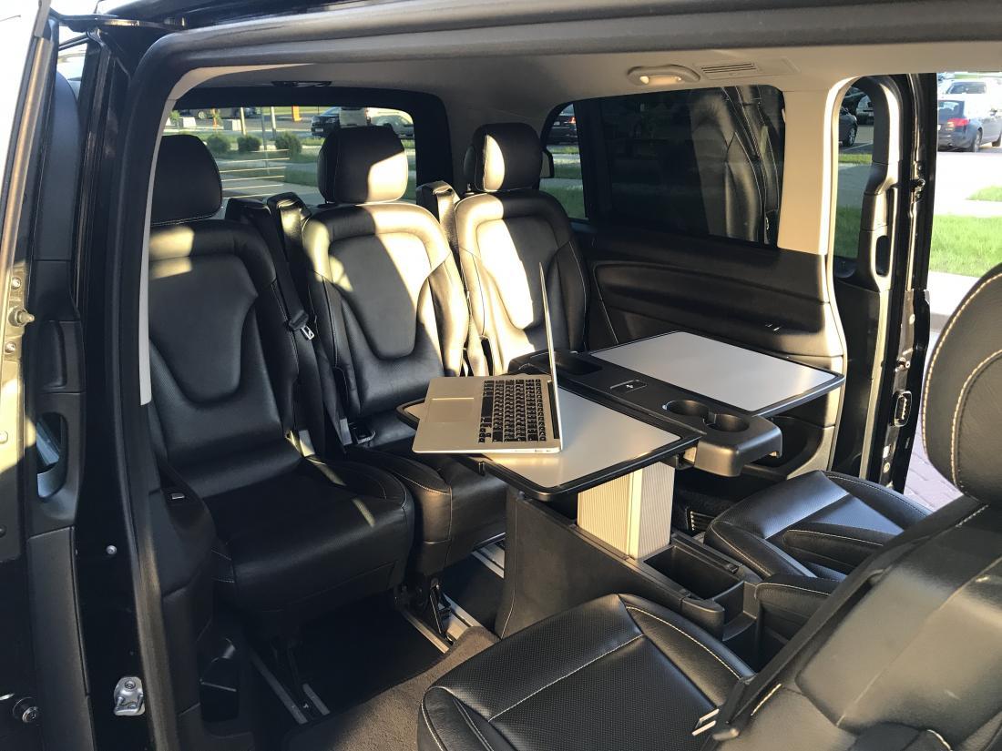 Аренда автомобилей с водителем: легковые авто представительского и бизнес класса, минивены и микроавтобусы от 27 руб/час