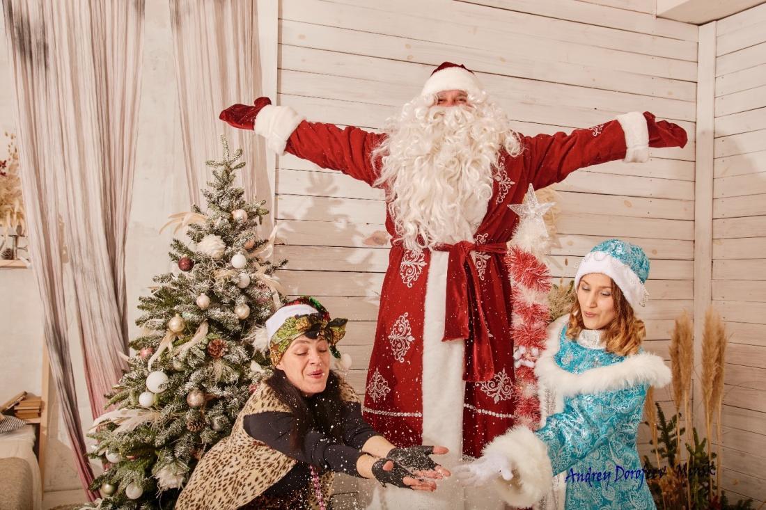 Новогодние театрализованные поздравления для детей и взрослых от 25 руб.