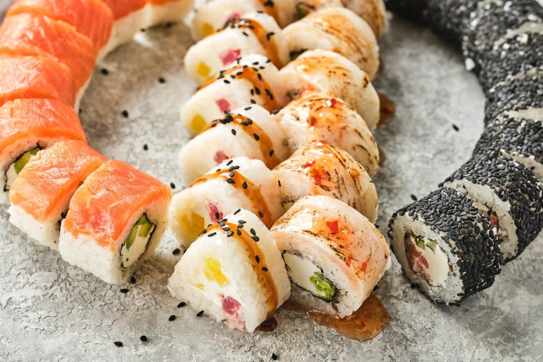 """Суши-сеты от 10 руб/до 2039 г от """"More sushi"""""""