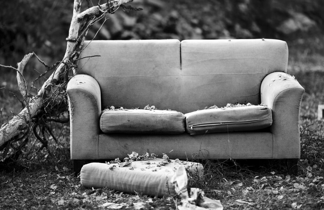 перетяжка мягкой мебели в Минске