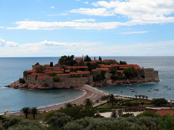 Автобусный тур в Черногорию с отдыхом на море всего от 660 руб/до 17 дней