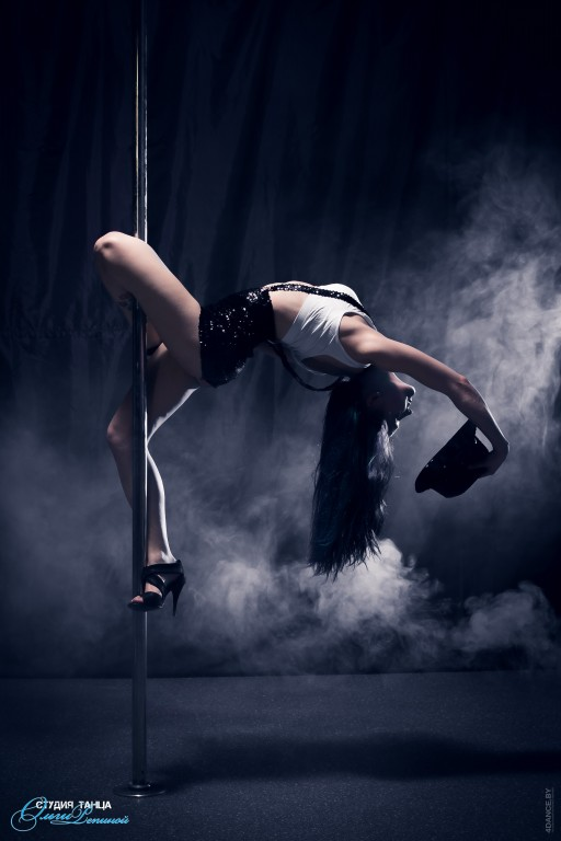 2 бесплатных занятия (0 руб.) + абонемент на Pole Dance, хореографию, растяжку за 2,50 руб./занятие