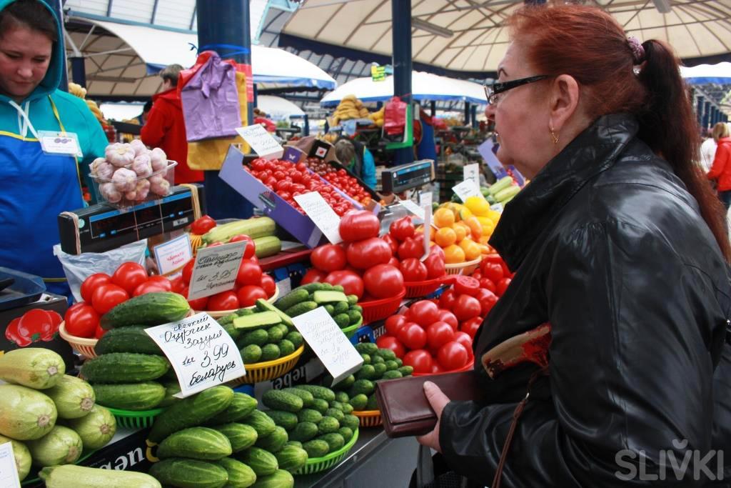 Комаровка: фоторепортаж с сезонного рынка!