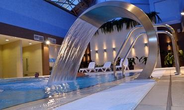 """VIP-выходные в гостиничном СПА-комплексе """"Виктория"""" от 317,50 руб для двоих"""
