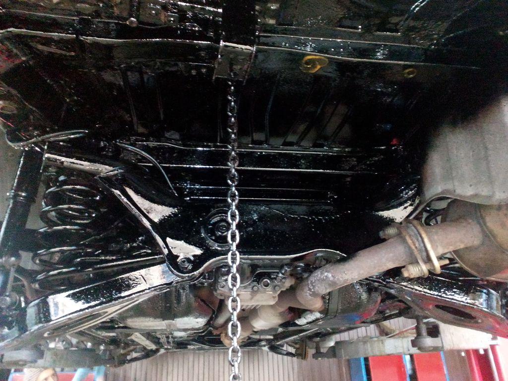 Трехкомпонентная антикоррозийная обработка кузова авто от 144 руб.